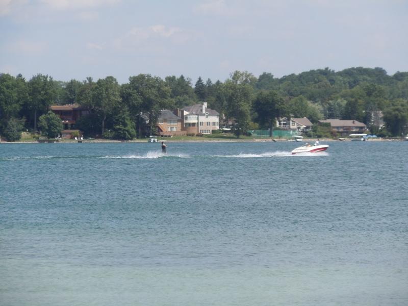 Walnut Lake West Bloomfield MI