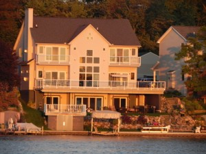 Lakefront real estate Waterford Michigan