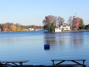 Lakefront homes Lake Orion