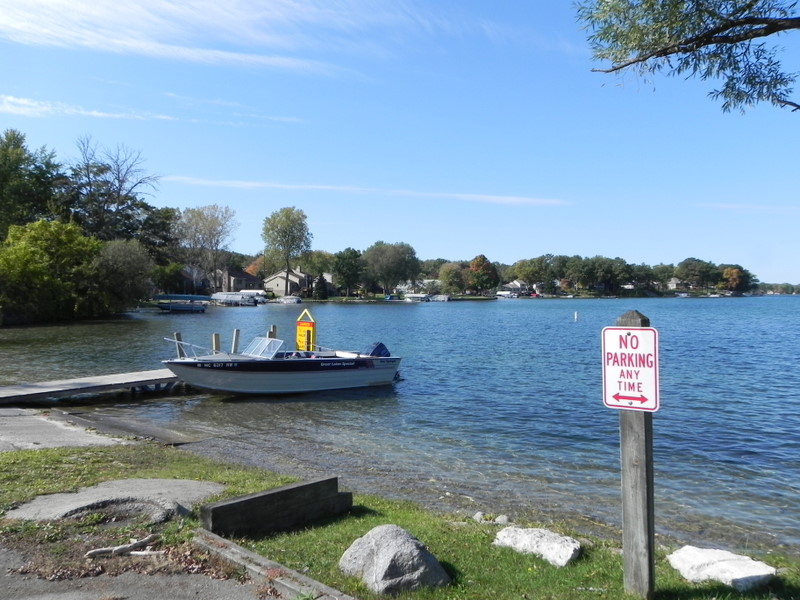 Oakland County lakefront homes
