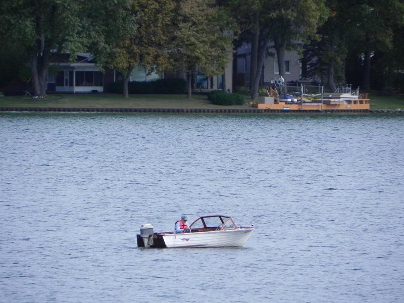 Maceday Lake Fishing Waterford Michigan