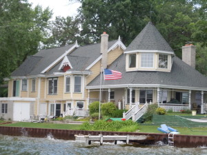 An example of homes on White Lake in White Lake MI