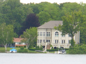 lake houses on Green Lake MI