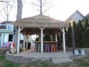 Come enjoy Oakland County lakes at a local tiki hut