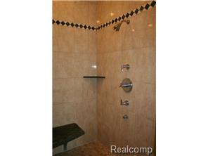 Huge Rain Shower W/Body Sprays