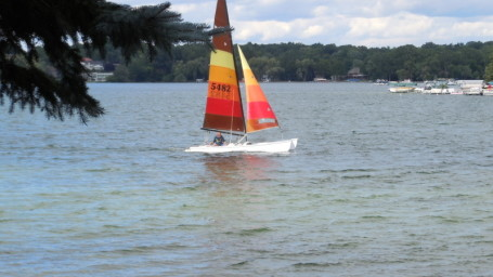 Sailing on Walnut Lake