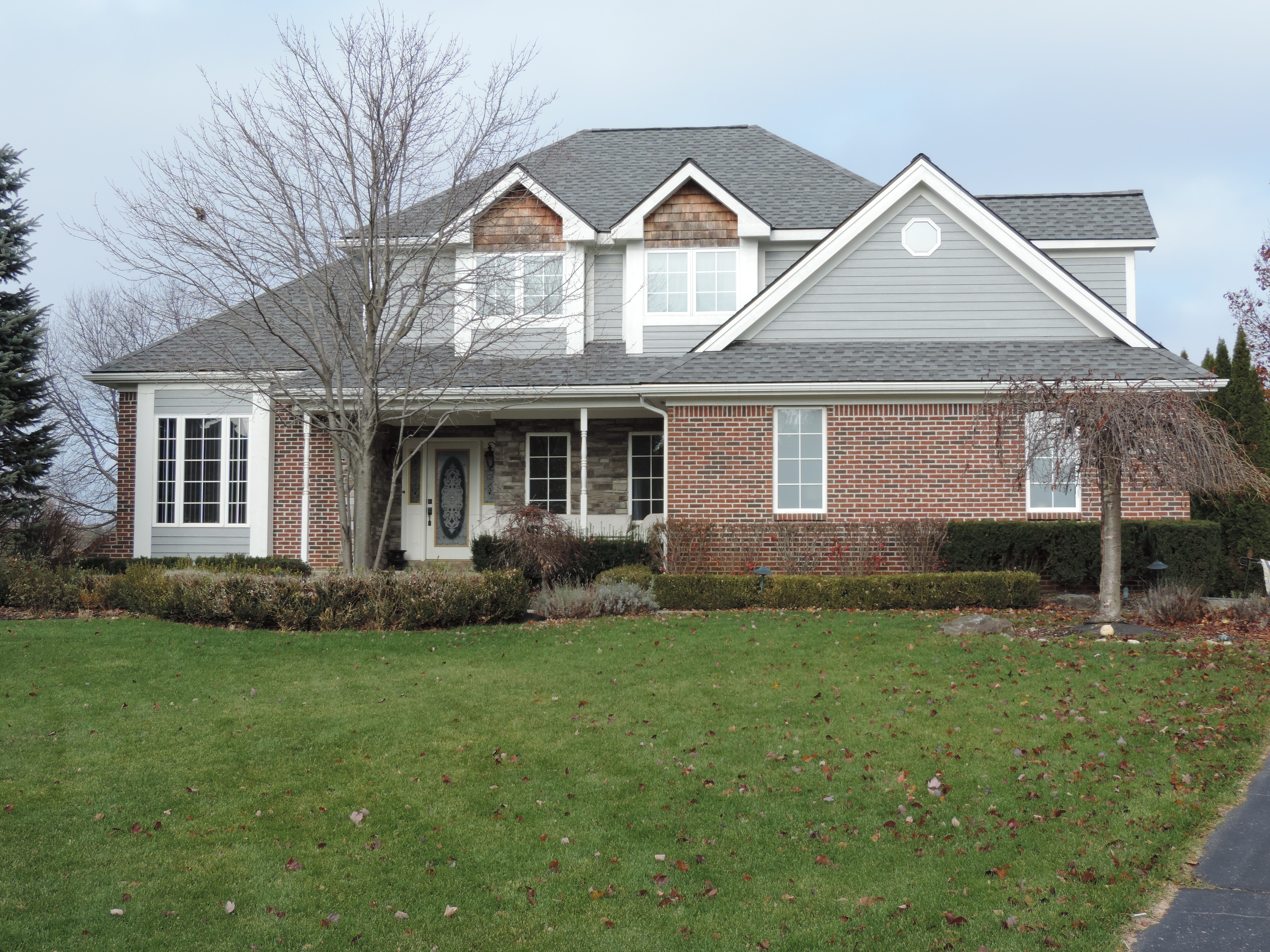 home for sale on anchor lane in highland michigan