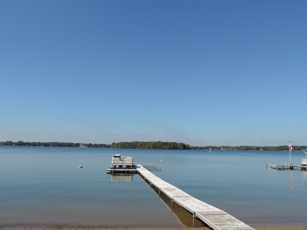 Michigan oakland county wixom - Ready To Go Boating On Orchard Lake